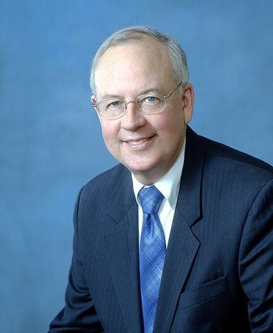 Kenneth Winston Starr